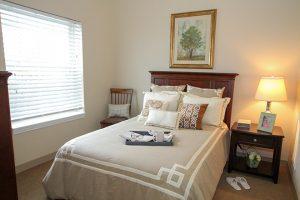 Charter Senior Living Poplar Creek Image Gallery - Apartment Bedroom